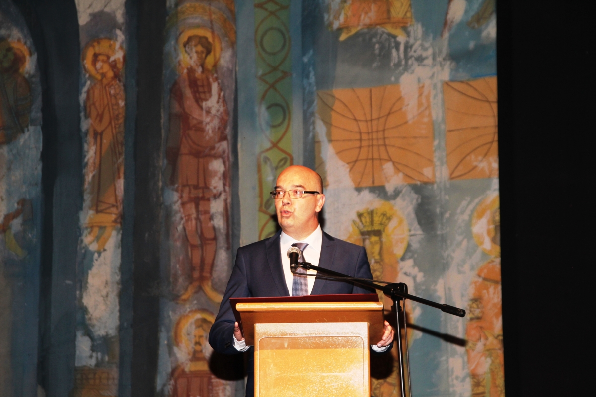 Градоначелниг Бане Спасовић обраћа се гостима и награђенима